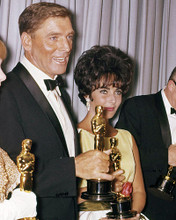 This is an image of Photograph & Poster of Elizabeth Taylor 291001