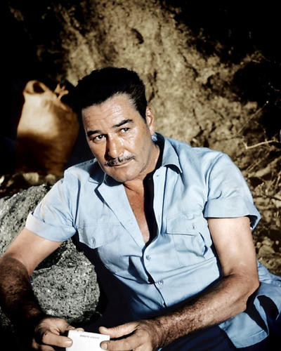 This is an image of Photograph & Poster of Errol Flynn 292323