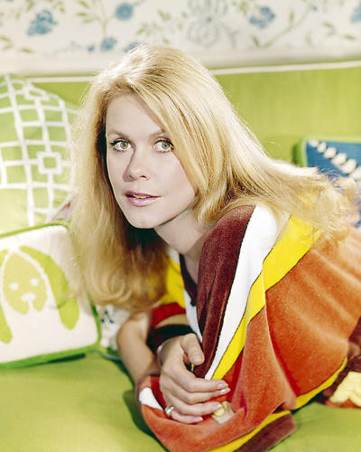This is an image of Photograph & Poster of Elizabeth Montgomery 291981