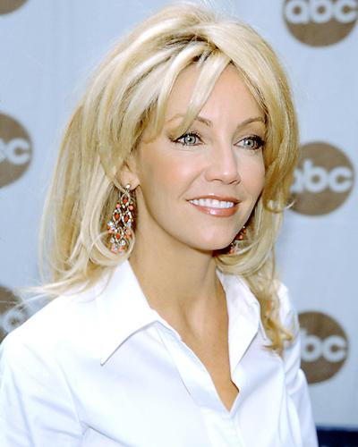 This is an image of Photograph & Poster of Heather Locklear 291506
