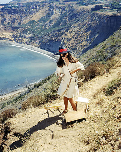 This is an image of Photograph & Poster of Claudia Cardinale 291545