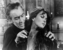 This is an image of Photograph & Poster of Dracula A.D. 1972 199558