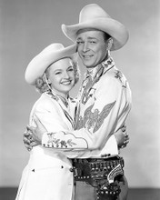 This is an image of Photograph & Poster of Roy Rogers and Dale Evans 199830
