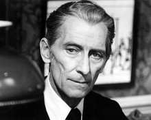 This is an image of Photograph & Poster of Peter Cushing 199746