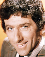 This is an image of Photograph & Poster of Barry Newman 291861