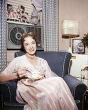 This is an image of Photograph & Poster of Julie Andrews 292972