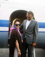 This is an image of Photograph & Poster of Elizabeth Taylor and Richard Burton 293300