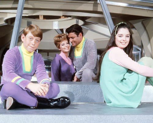 This is an image of Photograph & Poster of Lost in Space 293890