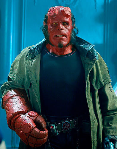 This is an image of Photograph & Poster of Ron Perlman 280182