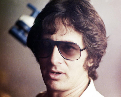 This is an image of Photograph & Poster of Steven Spielberg 296614