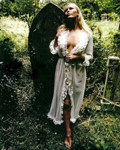 This is an image of Photograph & Poster of Veronica Carlson 294509