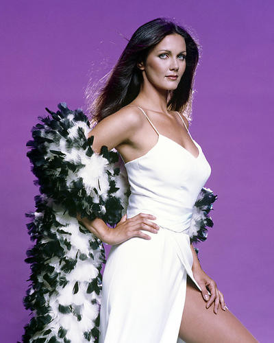 This is an image of Photograph & Poster of Lynda Carter 295903