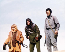 This is an image of Photograph & Poster of Battle for the Planet of the Apes 294886