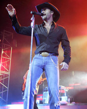 This is an image of Photograph & Poster of Tim McGraw 294902