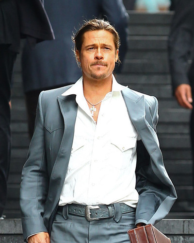 This is an image of Photograph & Poster of Brad Pitt 295510