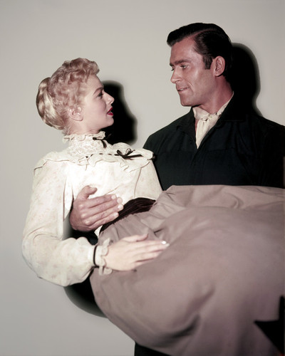 This is an image of Photograph & Poster of Clint Walker 295698