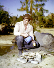 This is an image of Photograph & Poster of Clint Walker 295728