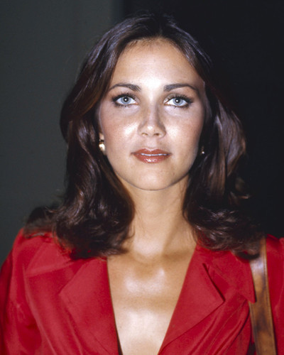 This is an image of Photograph & Poster of Lynda Carter 297932