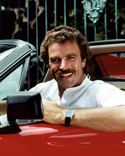 This is an image of Photograph & Poster of Tom Selleck 297621