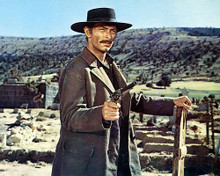 This is an image of Photograph & Poster of Lee Van Cleef 248562