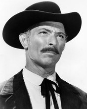 This is an image of Photograph & Poster of Lee Van Cleef 198863