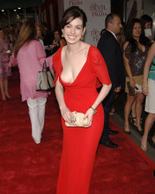 This is an image of Photograph & Poster of Anne Hathaway 285964