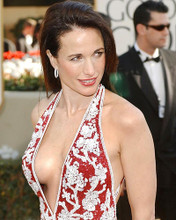 This is an image of Photograph & Poster of Andie Macdowell 285991