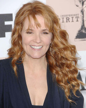 This is an image of Photograph & Poster of Lea Thompson 285996