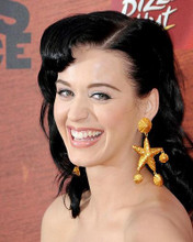 This is an image of Photograph & Poster of Katie Perry 286078