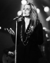 This is an image of Photograph & Poster of Belinda Carlisle 195874