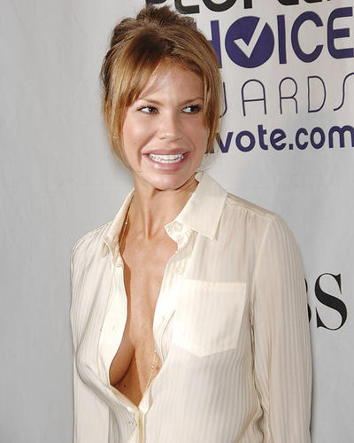 This is an image of Photograph & Poster of Nikki Cox 286212