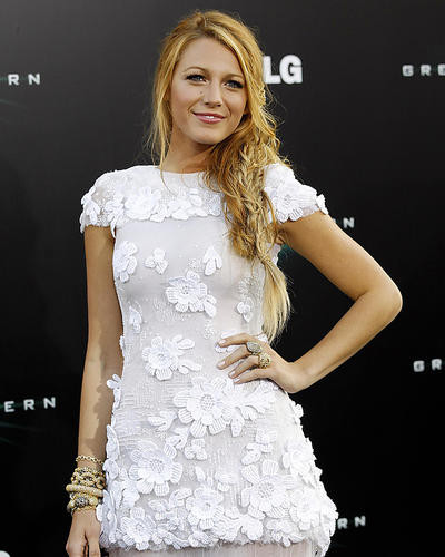 This is an image of Photograph & Poster of Blake Lively 286674