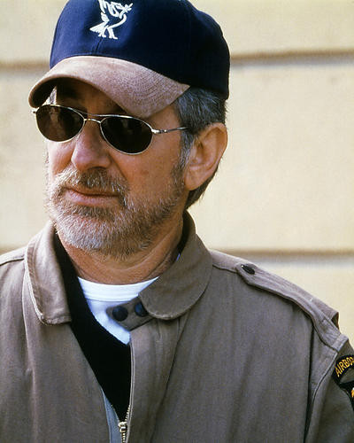 This is an image of Photograph & Poster of Steven Spielberg 286391