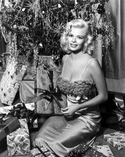 This is an image of Photograph & Poster of Jayne Mansfield 195984