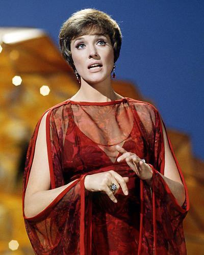 This is an image of Photograph & Poster of Julie Andrews 286515