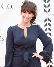 This is an image of Photograph & Poster of Jennifer Love Hewitt 286693