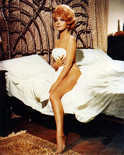 This is an image of Photograph & Poster of Gina Lollobrigida 286556