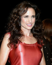 This is an image of Photograph & Poster of Andie Macdowell 287186