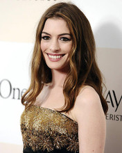 This is an image of Photograph & Poster of Anne Hathaway 287570