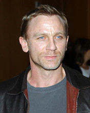 This is an image of Photograph & Poster of Daniel Craig 287907