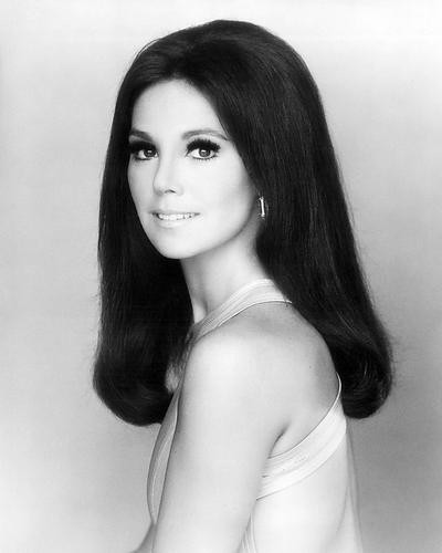 This is an image of Photograph & Poster of Marlo Thomas 196983