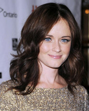This is an image of Photograph & Poster of Alexis Bledel 288140