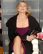 This is an image of Photograph & Poster of Kim Cattrall 288218
