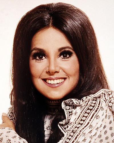 This is an image of Photograph & Poster of Marlo Thomas 288347