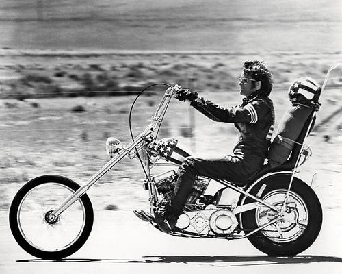 This is an image of Photograph & Poster of Peter Fonda 197222