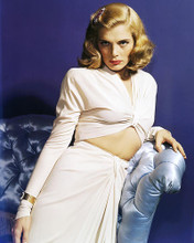 This is an image of Photograph & Poster of Lizabeth Scott 288795