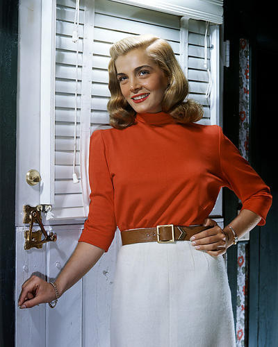 This is an image of Photograph & Poster of Lizabeth Scott 288814