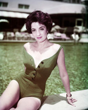 This is an image of Photograph & Poster of Linda Cristal 289961