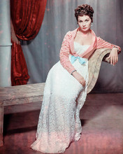 This is an image of Photograph & Poster of Jean Simmons 288984