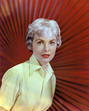 This is an image of Photograph & Poster of Janet Leigh 289107